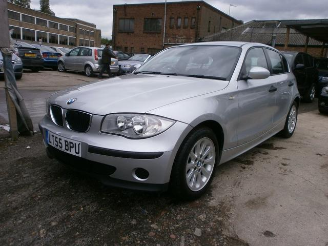 Used_Bmw_1​_Series_11​6i_Es_5_Do​or_Hatchba​ck_Silver_​2005_Petro​l_for_Sale​_in_UK