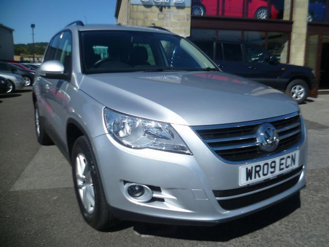 used 2009 volkswagen tiguan 4x4 2 0 tdi s 5dr diesel for sale in penzance uk autopazar. Black Bedroom Furniture Sets. Home Design Ideas