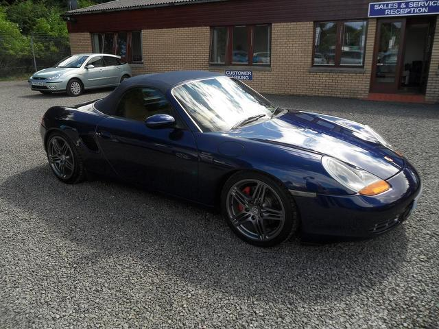 used porsche boxster 2001 blue colour petrol 3 2 s 2 door. Black Bedroom Furniture Sets. Home Design Ideas