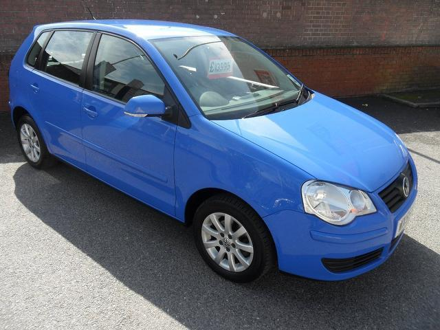 Used Volkswagen Polo 2005 Blue Hatchback Petrol Manual for Sale