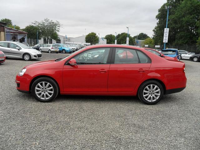 used volkswagen jetta 2006 diesel 1 9 s tdi pd saloon red edition for sale in inveralmond place. Black Bedroom Furniture Sets. Home Design Ideas