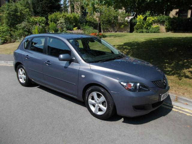 used mazda mazda3 2006 petrol 1 6 katano 5dr full hatchback grey with car immobiliser for sale. Black Bedroom Furniture Sets. Home Design Ideas