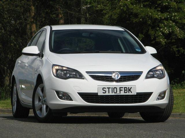 used vauxhall astra 2010 petrol 1 6i 16v sri 5dr hatchback white rh autopazar co uk vauxhall astra owner's manual 2010 pdf haynes manual vauxhall astra 2010