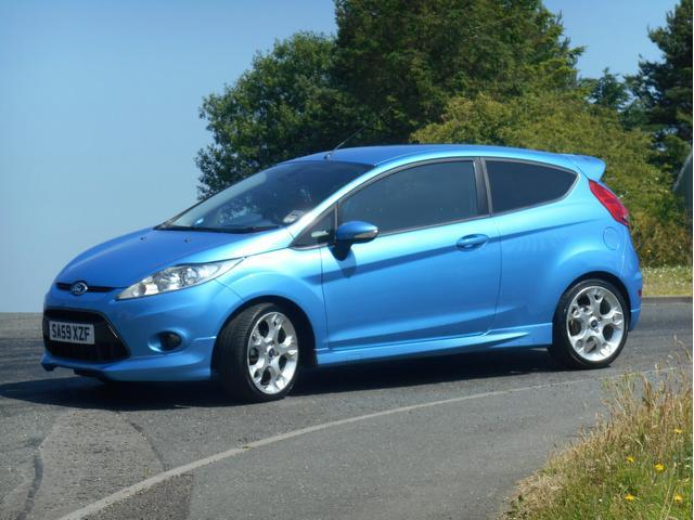 used ford fiesta 2009 blue colour petrol 1 6 zetec s 3 door hatchback for sale in turrif uk. Black Bedroom Furniture Sets. Home Design Ideas