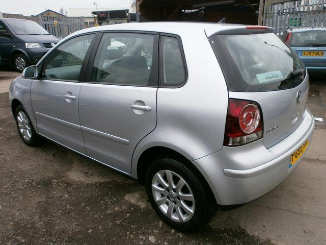 used volkswagen polo 2005 diesel 1 4 se tdi 80 hatchback silver with full service history for. Black Bedroom Furniture Sets. Home Design Ideas
