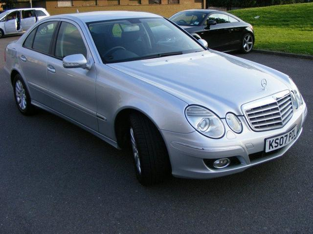 Used mercedes benz e200 for sale uk for Mercedes benz uk used