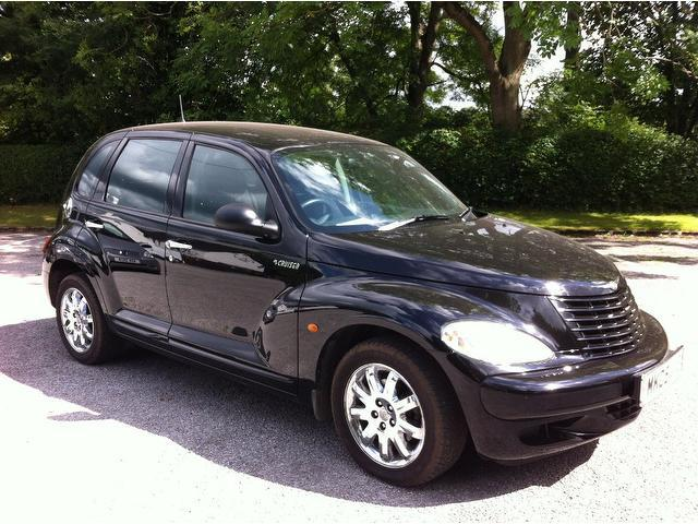 used chrysler pt 2005 petrol cruiser 2 4 classic 5dr estate black with climate control panel for. Black Bedroom Furniture Sets. Home Design Ideas
