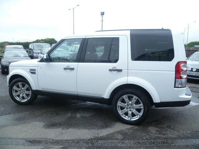 Used Land Rover Discovery Car 2011 White Diesel 3 0 Sdv6