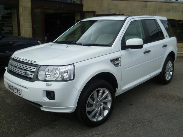 used land rover freelander 2010 diesel 2 2 sd4 hse 4x4 white edition for sale in penzance uk. Black Bedroom Furniture Sets. Home Design Ideas