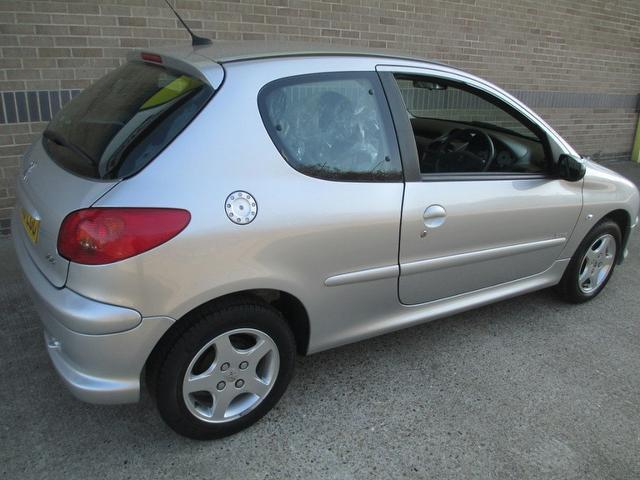 Used Peugeot 206 1.4 Verve 3 Door  Hatchback Silver 2006 Petrol for Sale in UK