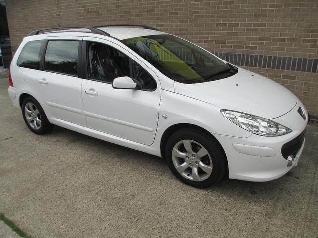 Used Peugeot 307 2006 White Estate Diesel Manual for Sale
