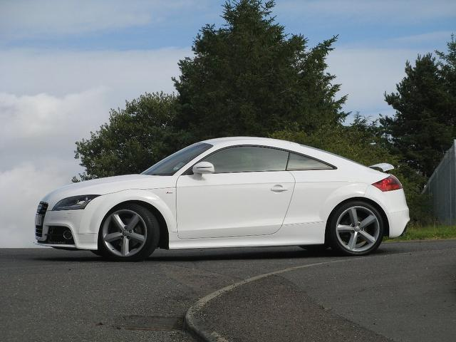used 2010 audi tt coupe white edition fsi s line. Black Bedroom Furniture Sets. Home Design Ideas