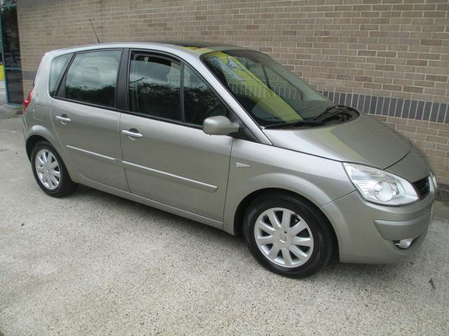 Used Renault Scenic 2007 Grey Estate Diesel Manual for Sale