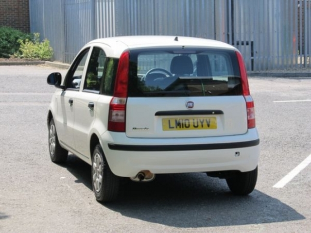 used fiat panda 2010 unleaded white manual for sale in epsom uk autopazar. Black Bedroom Furniture Sets. Home Design Ideas