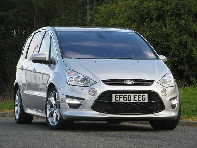 Used Ford S Max 2.0 Ecoboost 240 Titanium Estate Silver 2011 Petrol for Sale in UK