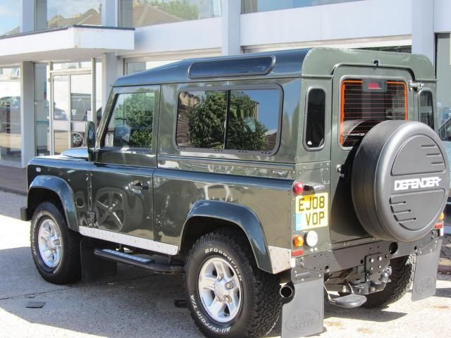 used green land rover defender 2008 diesel 2 4 3dr 90 4x4 in great condition for sale autopazar. Black Bedroom Furniture Sets. Home Design Ideas