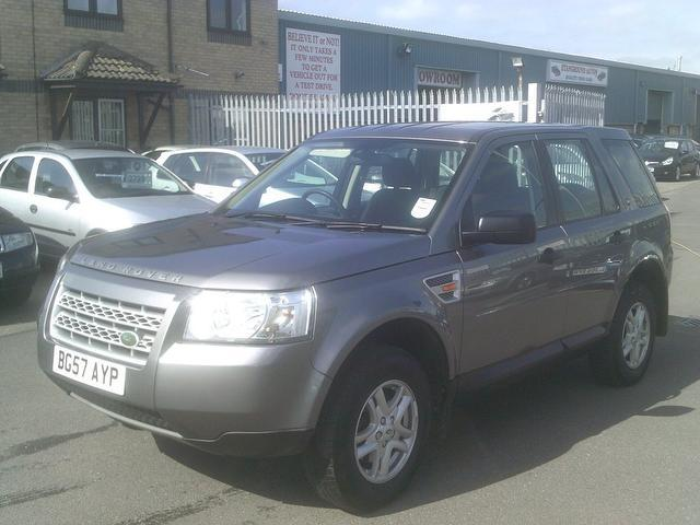 used land rover freelander 2007 diesel 2 2 td4 s 4x4 grey with traction control for sale autopazar. Black Bedroom Furniture Sets. Home Design Ideas