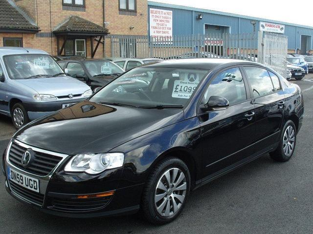 used volkswagen passat 2009 black paint diesel 1 6 bluemotion tdi cr saloon for sale in fengate. Black Bedroom Furniture Sets. Home Design Ideas