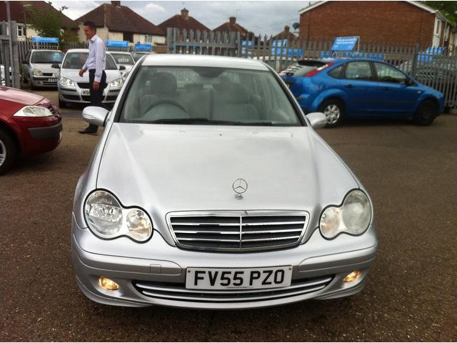 Used mercedes benz 2006 diesel class c220 cdi classic for Used mercedes benz diesel for sale