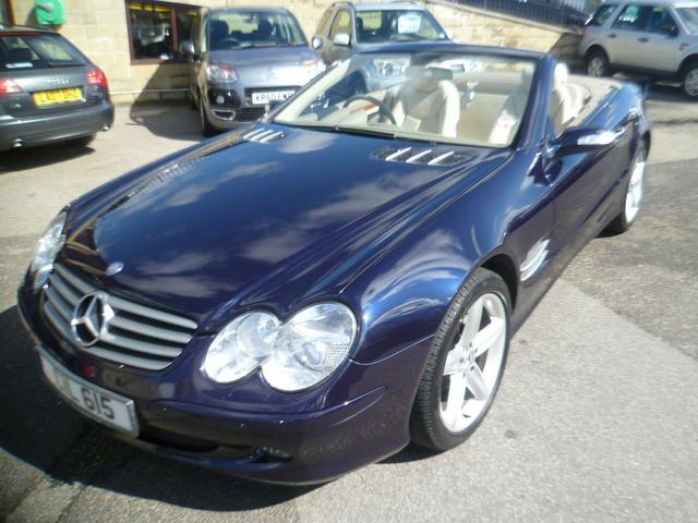 used mercedes benz 2005 blue colour petrol class sl 350 2 door convertible for sale in penzance. Black Bedroom Furniture Sets. Home Design Ideas