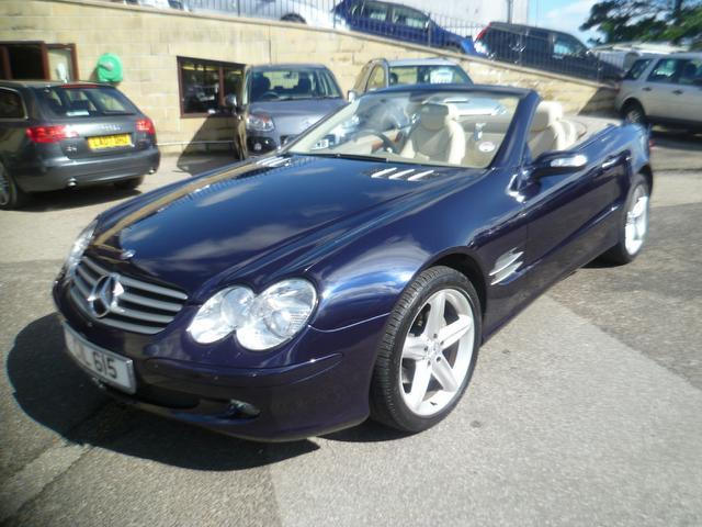 Used mercedes benz 2005 blue colour petrol class sl 350 2 for Used convertible mercedes benz for sale