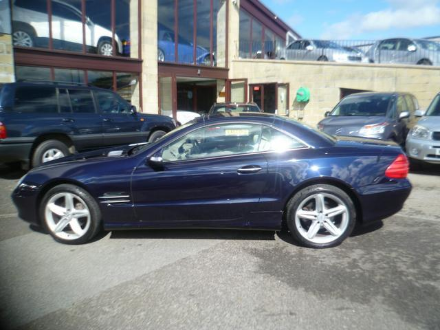 Used mercedes benz 2005 blue colour petrol class sl 350 2 for Mercedes benz sl550 for sale used