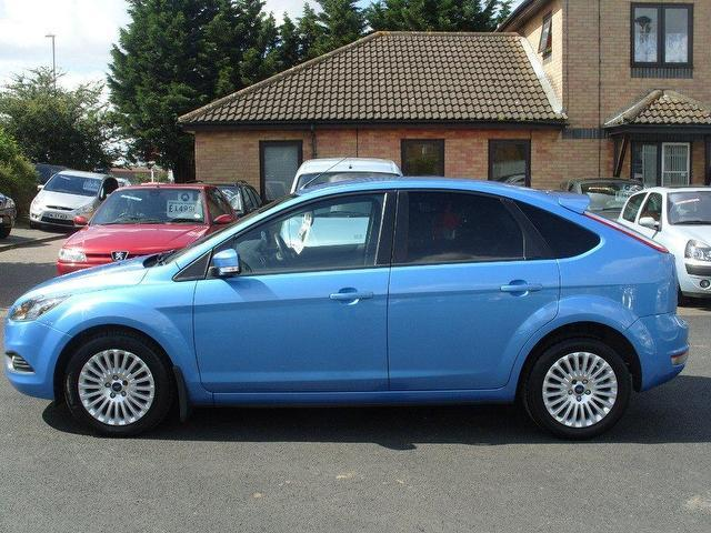 used 2009 ford focus hatchback blue edition 1 8 tdci titanium 5dr diesel for sale in fengate uk. Black Bedroom Furniture Sets. Home Design Ideas