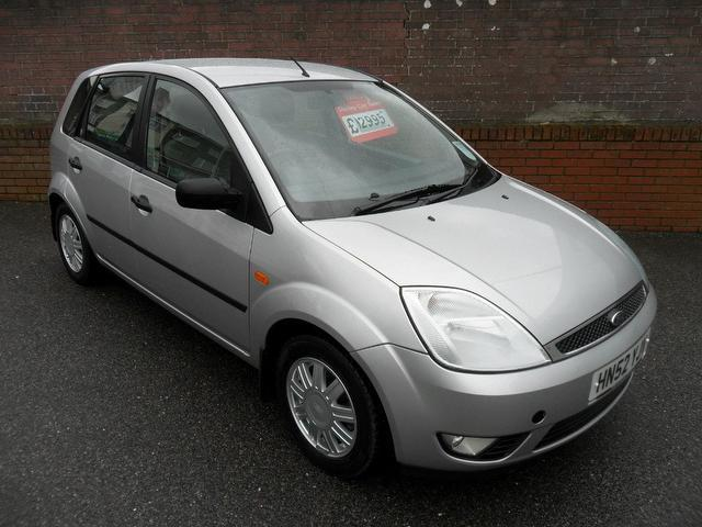 used ford fiesta 2002 petrol 1 4 ghia 5dr xx hatchback silver edition for sale in southampton uk. Black Bedroom Furniture Sets. Home Design Ideas