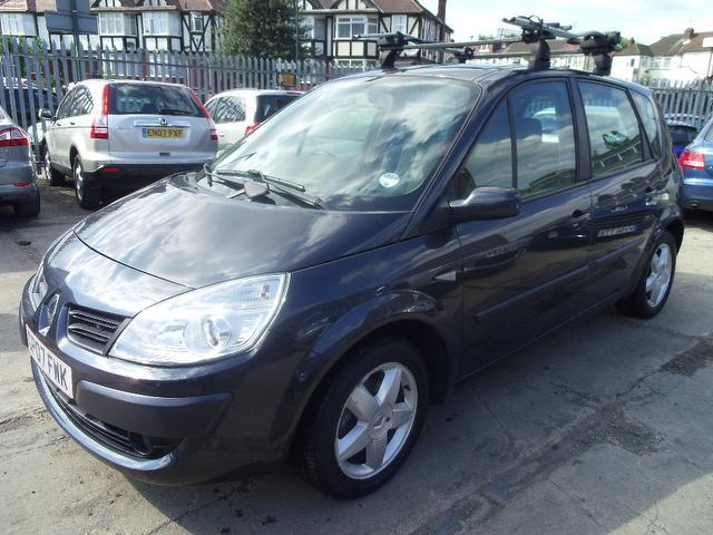 Used Renault Scenic 1.5 Dci Extreme 5 Door Estate Grey 2007 Diesel for Sale in UK
