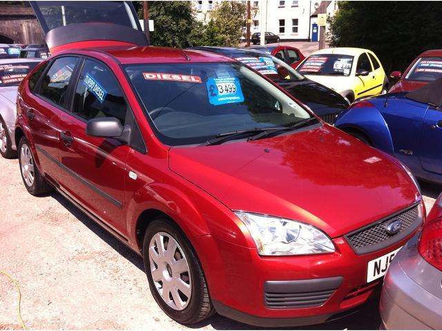 Used Ford Focus 1.8 Tdci Lx 5 Door Hatchback Red 2006 Diesel for Sale in UK