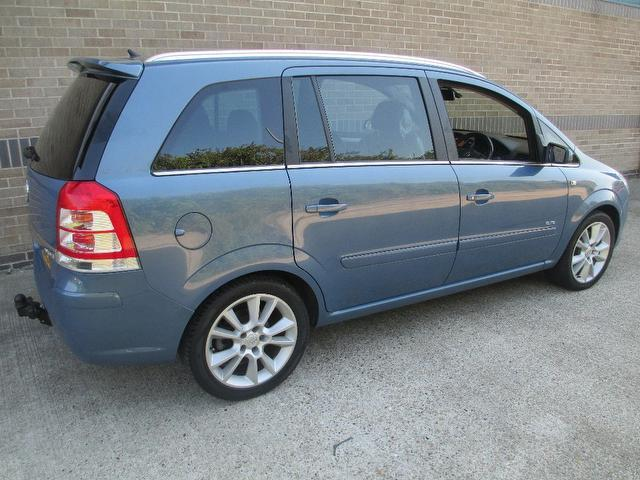 used vauxhall zafira 2008 diesel 1 9 cdti elite 150 estate blue with cruise control for sale. Black Bedroom Furniture Sets. Home Design Ideas