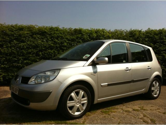 Used Renault Scenic 2005 Silver Estate Petrol Manual for Sale