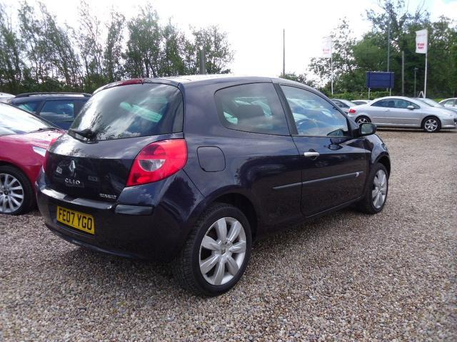 Used Renault Clio 2.0 Vvt Dynamique S Hatchback Purple 2007 Petrol for Sale in UK