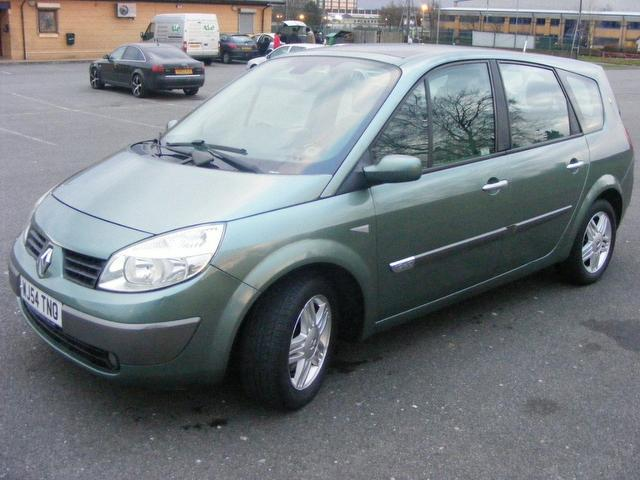 used 2004 renault grand estate scenic 1 9 dci privilege diesel for sale in wembley uk autopazar. Black Bedroom Furniture Sets. Home Design Ideas