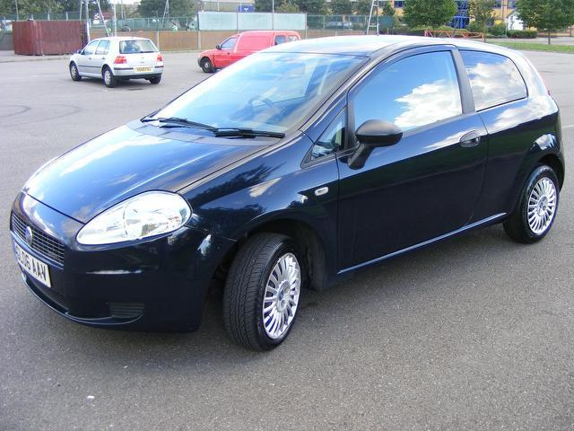 used fiat grande 2006 model punto 1 3 multijet active diesel hatchback blue for sale in wembley. Black Bedroom Furniture Sets. Home Design Ideas