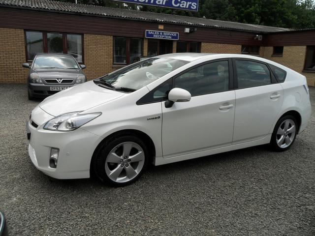 used toyota prius 2010 hybrid 1 8 vvti t spirit hatchback white with car immobiliser for sale. Black Bedroom Furniture Sets. Home Design Ideas