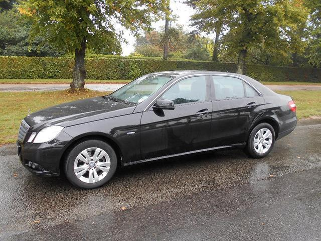 Used Mercedes Benz Class E220 Cdi Blueefficiency Saloon Black 2009 Diesel for Sale in UK