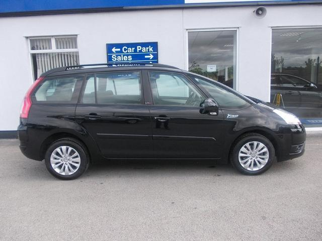 used citroen c4 2009 diesel grand picasso 16v estate black edition for sale in wirral uk. Black Bedroom Furniture Sets. Home Design Ideas