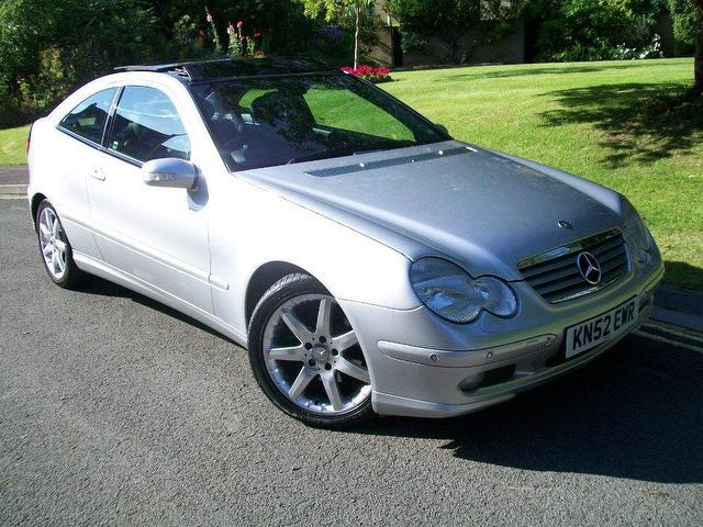 Used mercedes benz 2002 diesel class c220 cdi se coupe for Used mercedes benz diesel for sale