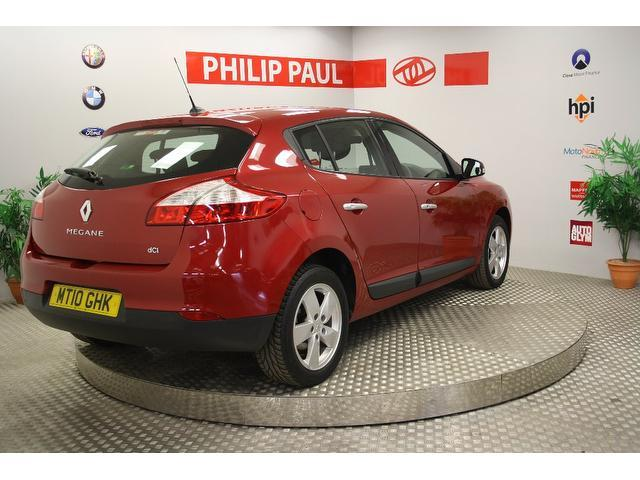 Used Renault Megane 1.5 Dci 106 Dynamique Hatchback Red 2010 Diesel for Sale in UK