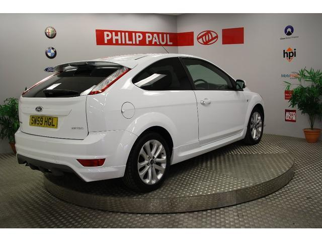 Cars Under 6000 >> Used Ford Focus 2010 Petrol 1.6 Zetec S 3dr Hatchback White Edition For Sale In Oswestry Uk ...