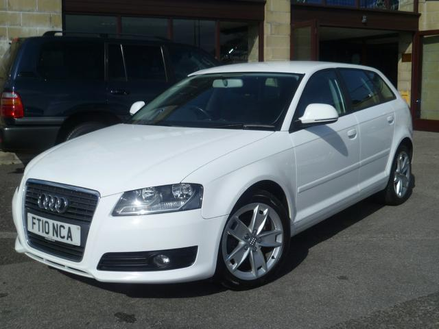 used audi a3 2010 white colour diesel 1 6 tdi sport 5 door. Black Bedroom Furniture Sets. Home Design Ideas