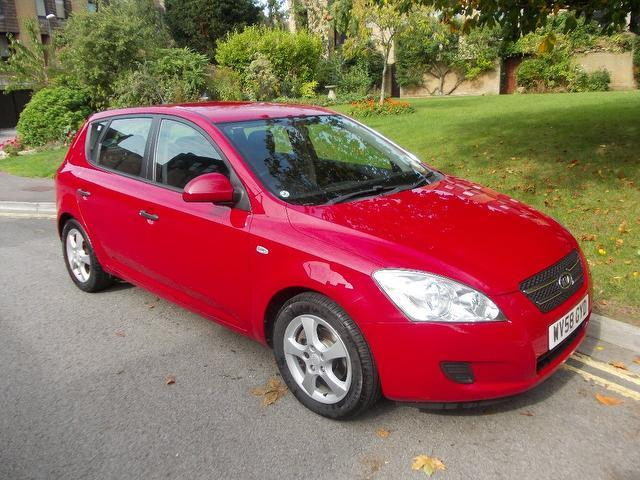 used 2008 kia ceed hatchback red edition 1 6 gs 5dr 1 petrol for sale in keynsham uk autopazar. Black Bedroom Furniture Sets. Home Design Ideas