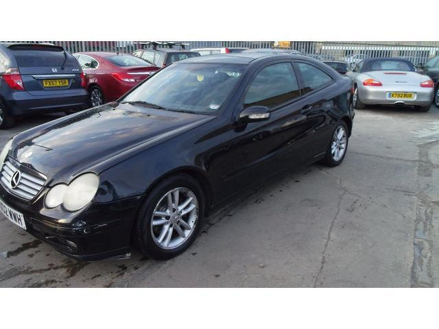 used mercedes benz 2002 diesel class c220 cdi 3dr coupe black edition for sale in wembley uk. Black Bedroom Furniture Sets. Home Design Ideas