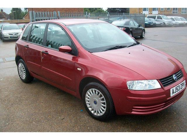 used fiat stilo 2004 petrol 1 4 16v active 5dr hatchback. Black Bedroom Furniture Sets. Home Design Ideas