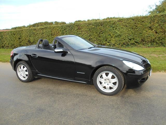 Used mercedes benz convertible for sale uk autopazar for Mercedes benz convertible used