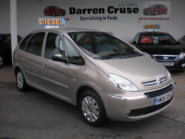 used citroen xsara car 2006 beige diesel picasso 1 6 hdi. Black Bedroom Furniture Sets. Home Design Ideas