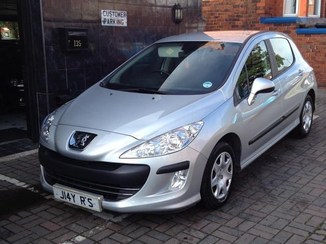 used peugeot 308 2008 diesel 1 6 hdi 90 s hatchback silver. Black Bedroom Furniture Sets. Home Design Ideas