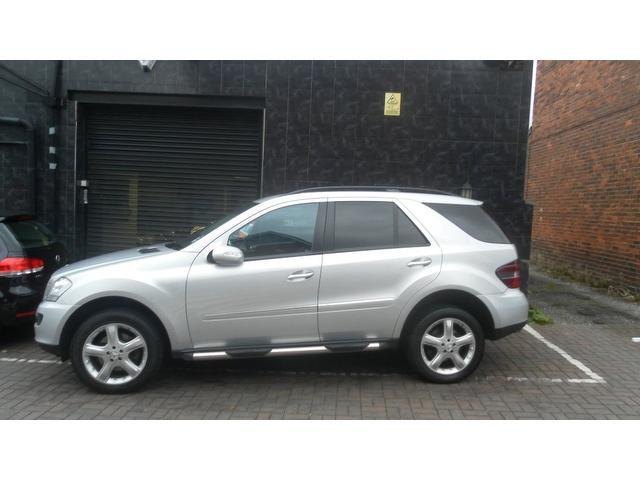 Used mercedes benz 2007 silver colour diesel class ml320 for Used mercedes benz ml320