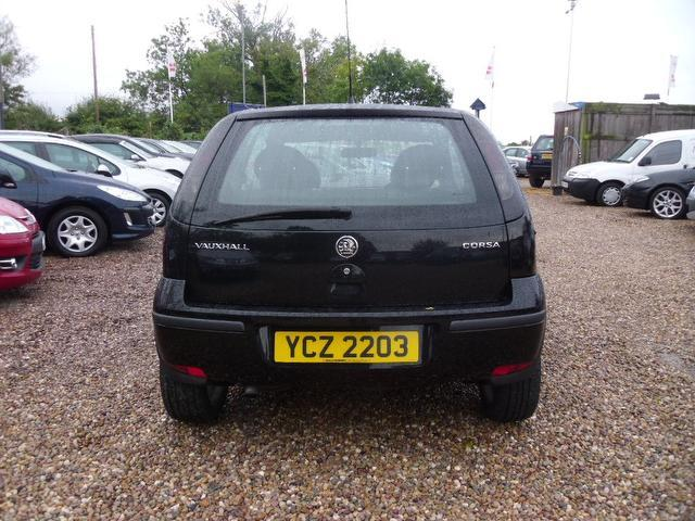 used 2004 vauxhall corsa hatchback black edition 1 3 cdti sxi 3dr diesel for sale in nuneaton uk. Black Bedroom Furniture Sets. Home Design Ideas